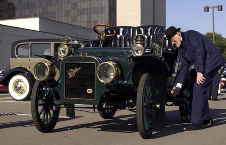 1000-tals entusiaster i Cadillac-möte