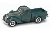 1937 Studebaker Coupe Express Pickup från Yat Ming