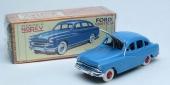 Tillbaka till framtiden med 1954 Ford Vedette från NOREV