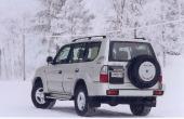 Ny utformning på fälgarna och rödmålade beteckningar återfinns på denna mini-SUV från Toyota.