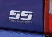Baktill informeras den omkörde diskret att det var en Silverado SS som blixtrade förbi.