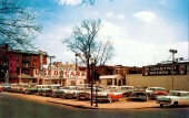 Beg-bilarna på Chestnut Motors marknadsfördes utomhus