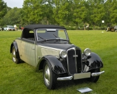 En 2-sitsig DKW F7 Luxus Cabriolet från 1937.