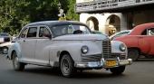Det är så här många av oss föreställer sig den cubanska vagnparken! En Packard med lång hjulbas och fortfarande i drift som taxi.