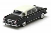 Borgward P100 i svart med benvitt tak är redan slutsåld från fabriken, men kan fortfarande finnas hos vissa återförsäljare.