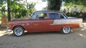 Ett bra exempel på hur allt fler bilar på Cuba börjar återuppstå i sin forna glans! Som alla ser är det en 1955 Chevrolet Bel Air 4dr Sedan.
