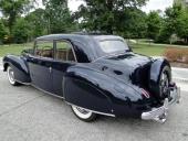 1941 Lincoln Continental bakifrån. Här skapades grundformen inklusive Continental kit!