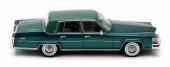 Med den nya taklinjen blev Cadillac Fleetwood visuellt längre. En förändring som uppskattades av bilköparna.
