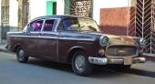 Jaha, här är en 1959 Opel Kapitän med extra ögonlock! I Europa en mycket eftertraktad vagn och definitivt udda på Cuba.