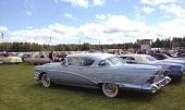 Denna 1958 Buick Limited Riviera Hardtop Coupe drog stor uppmärksamhet på grund av sitt utsökta originalutförande. Till och med rätt bredd på de vita däcksidorna.