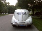 Det är inte många bilar som kan ståta med både delad bakruta och stjärtfena!