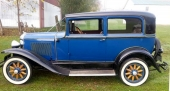 1930 Pontiac Big Six 2dr Sedan.
