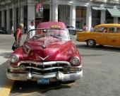Skiner solen så kanske en 1952 Cadillac Convertible passar bra som för taxiresan!