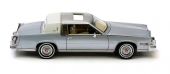 Klassisk formgivning, så som det anstod en Cadillac.