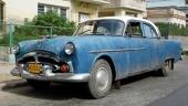 En hårt använd 1951-1952 (årsmodellerna identiska) Packard, still going strong!