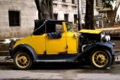 En Ford från tidigt 30-tal. Så här gamla bilar är sällsynta på Cuba. Skrotades ut som regel redan på 50-talet.
