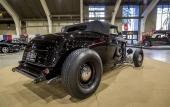 Gord och Carolina Gray backar inte för att visa upp en fet häck på sin 1932 Ford!