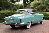 1952 Studebaker Champion Regal Starliner Hardtop Coupe hade tredelad bakruta.
