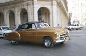 Några fler Chevrolet. Här en 1952 Styleline Convertible som taxi.