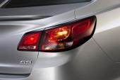 Snipiga baklampor, men trots allt tre ljuspunkter på traditionellt Impala-manér.
