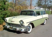 1956 Two-Ten Handyman i attraktiv 2-färgslackering.