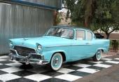1956 Studebaker Champion 2dr Sedan levde inte upp till samma glamour som kännetecknade många andra Studebaker.