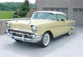 Ytterligare en populär färgkombination på 1957 Bel Air Sport Coupe.