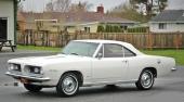 Ytterligare en 1967 Barracuda Notchback. Fanns till och med att få med 225 cu.in. sexa. En söt dambil för shoppingturen!